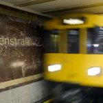 Germany: Iraqi refugees turn in thousands of euros found on Berlin subway